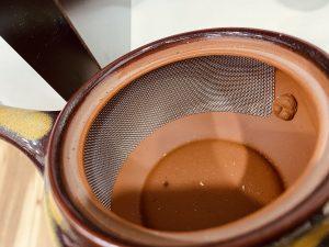 半分網帯茶漉しタイプ急須もあります